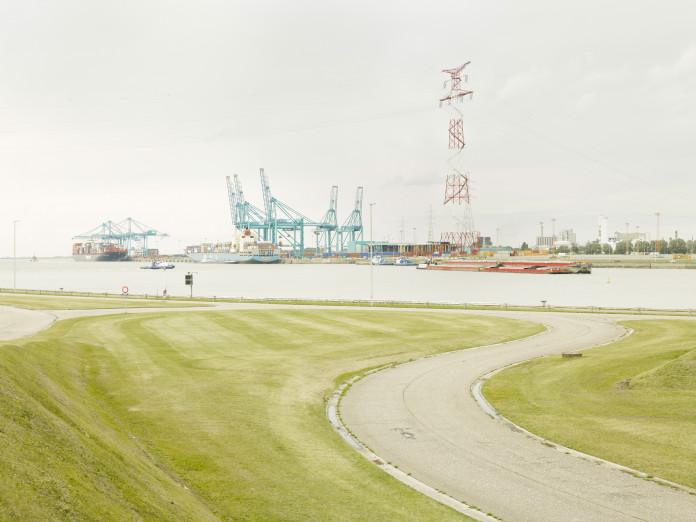 Der Fluss Schelde bei Antwerpen, Belgien